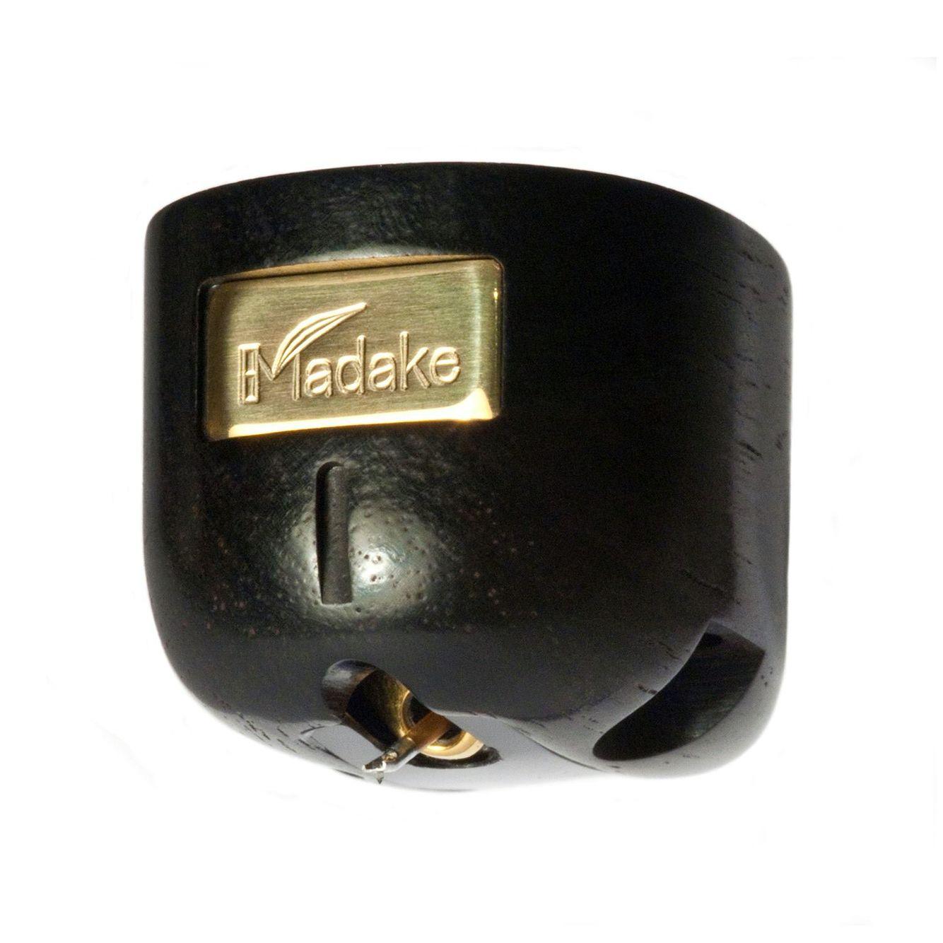 AUDIOPHILE MAN - HIFI NEWS: Miyajima Madake cartridge Miyajima's newest top-of-the-range stereo cartridge, the Madake, is now available in the UK. To read more about it, click www.theaudiophileman.com