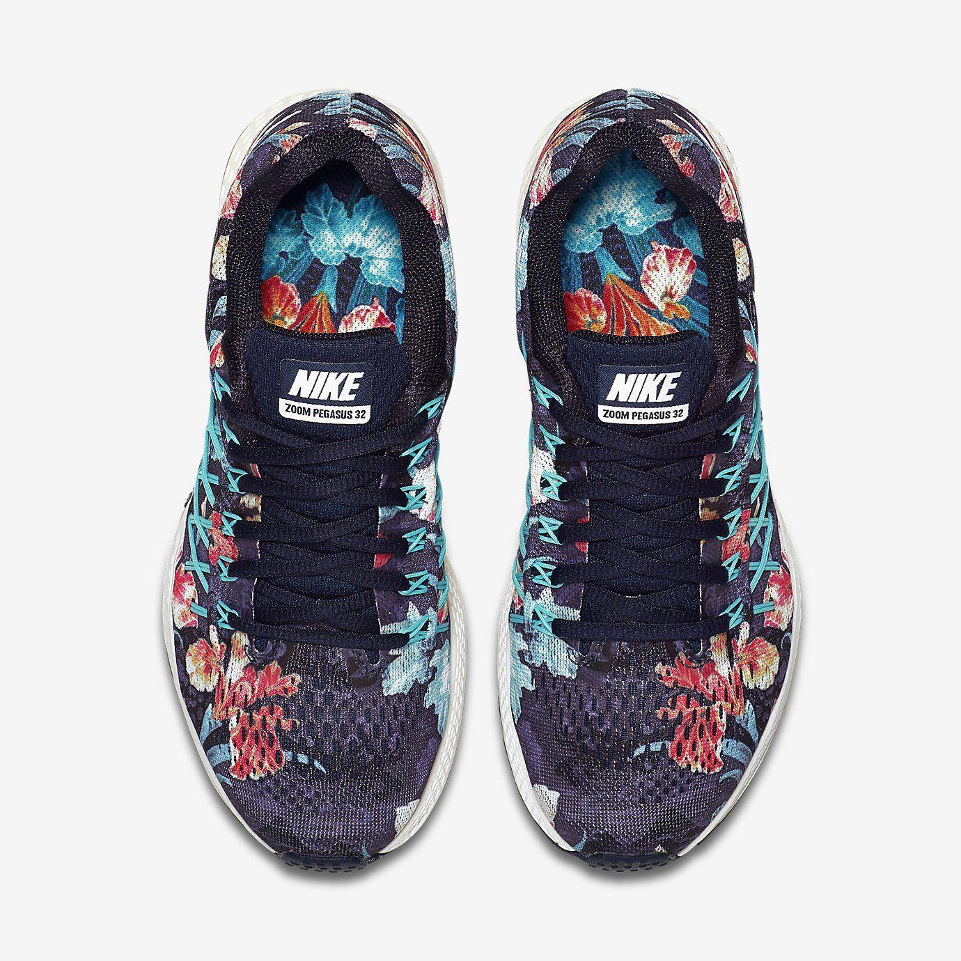 detailed look f900b 7ae92 Nike Air Zoom Pegasus 32 Photosynthesis Women s Running Shoe. Nike Store UK  £85
