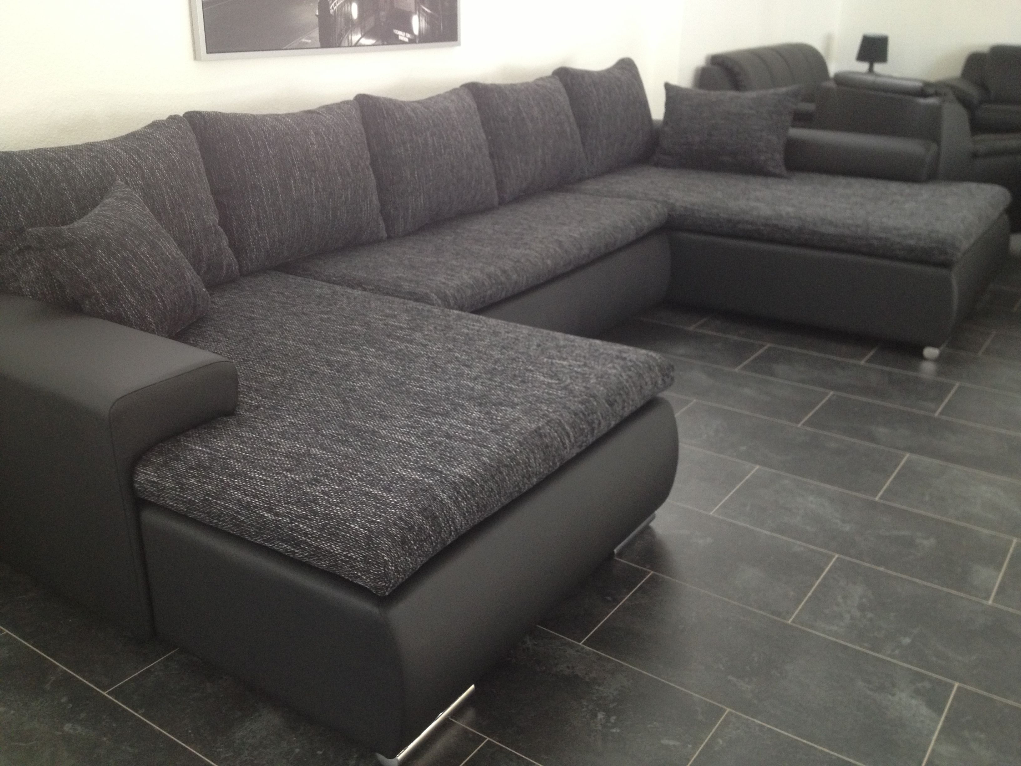 sofa lagerverkauf fabrikverkauf elkenroth polsterm bel wohnlandschaften trendsofas sofas. Black Bedroom Furniture Sets. Home Design Ideas