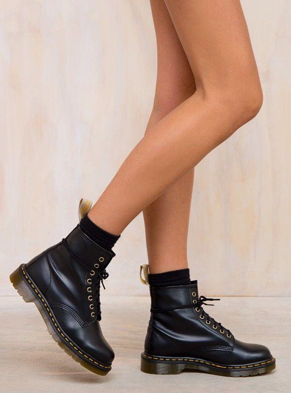 jakość wykonania nowy przyjeżdża sklep w Wielkiej Brytanii Dr. Martens Vegan 1460 Boots in 2019   Boots, Vegan boots ...