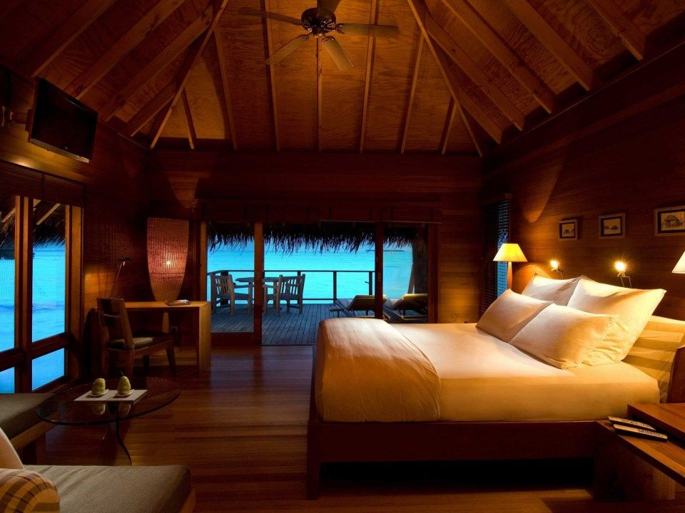 beautiful tropical nuance bedroom | Tropical bedroom with sea view | Beautiful bedrooms ...