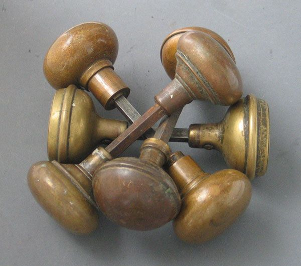 6 Classic Doorknobs for Old Houses