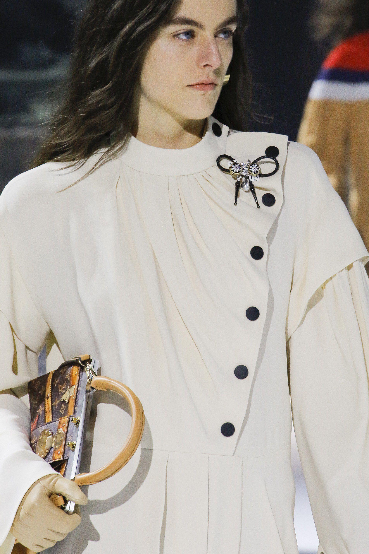 766384ae32 Louis Vuitton Fall 2018 Ready-to-Wear Fashion Show Details | Runway ...