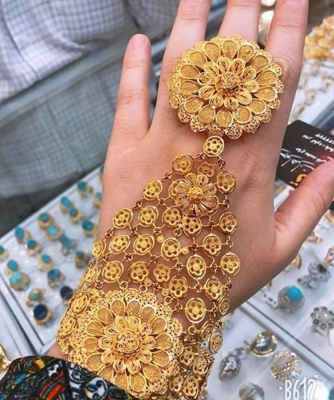 رايكم Your Opinion Golden Star010 الراعي الرسمي للحساب مجوهر Gold Jewelry Fashion Gold Bangles Design Bridal Gold Jewellery