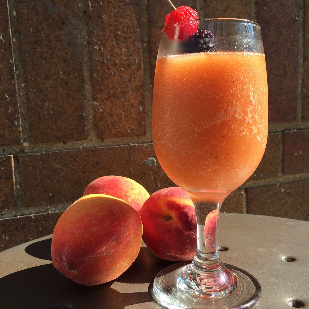 Frozen Peach Negroni Recipe Recipe Negroni Recipe Negroni Cocktails