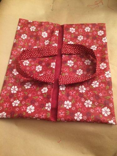 DIY : Tuto sac à tarte réversible facile en tissu enduit en cadeau !!!