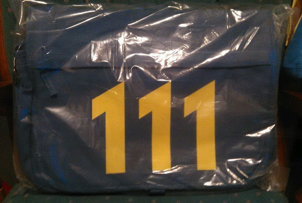 Fallout 4 Vault 111 Messenger Bag Loot Crate Exclusive  from $27.99