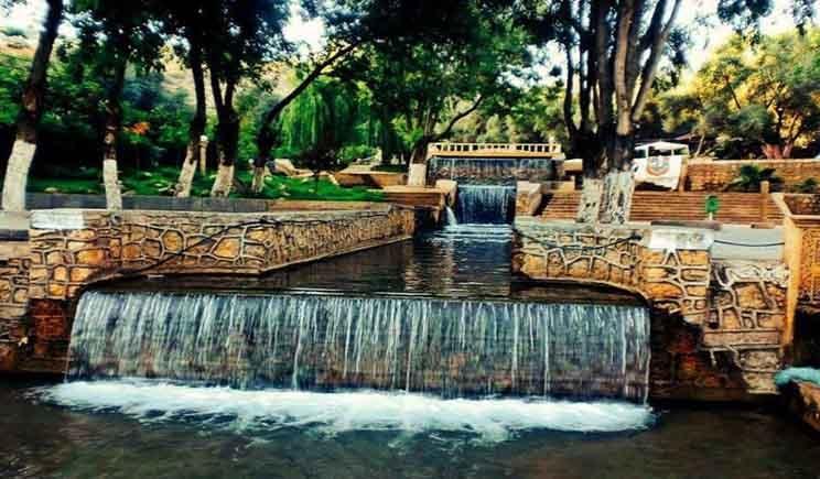 زوية الشيخ الأمن والأمان يجتذب السياح لمنتزه تامذة Tourist Waterfall Outdoor