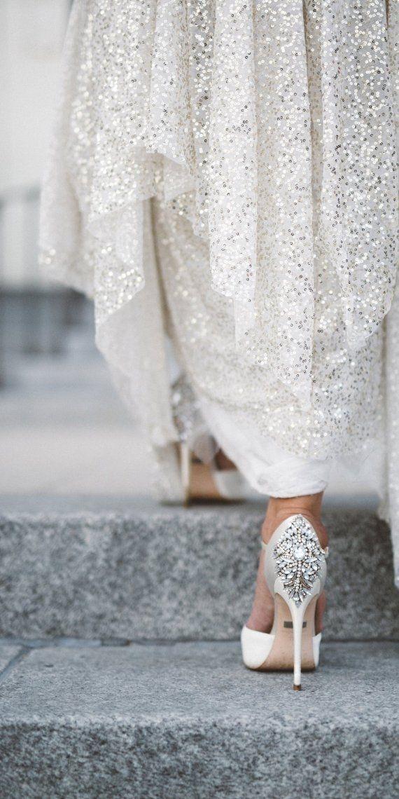 Unique Badgley Mischka Kiara Embellished Peep Toe Evening Pumps Sparkle Wedding ShoesWhite