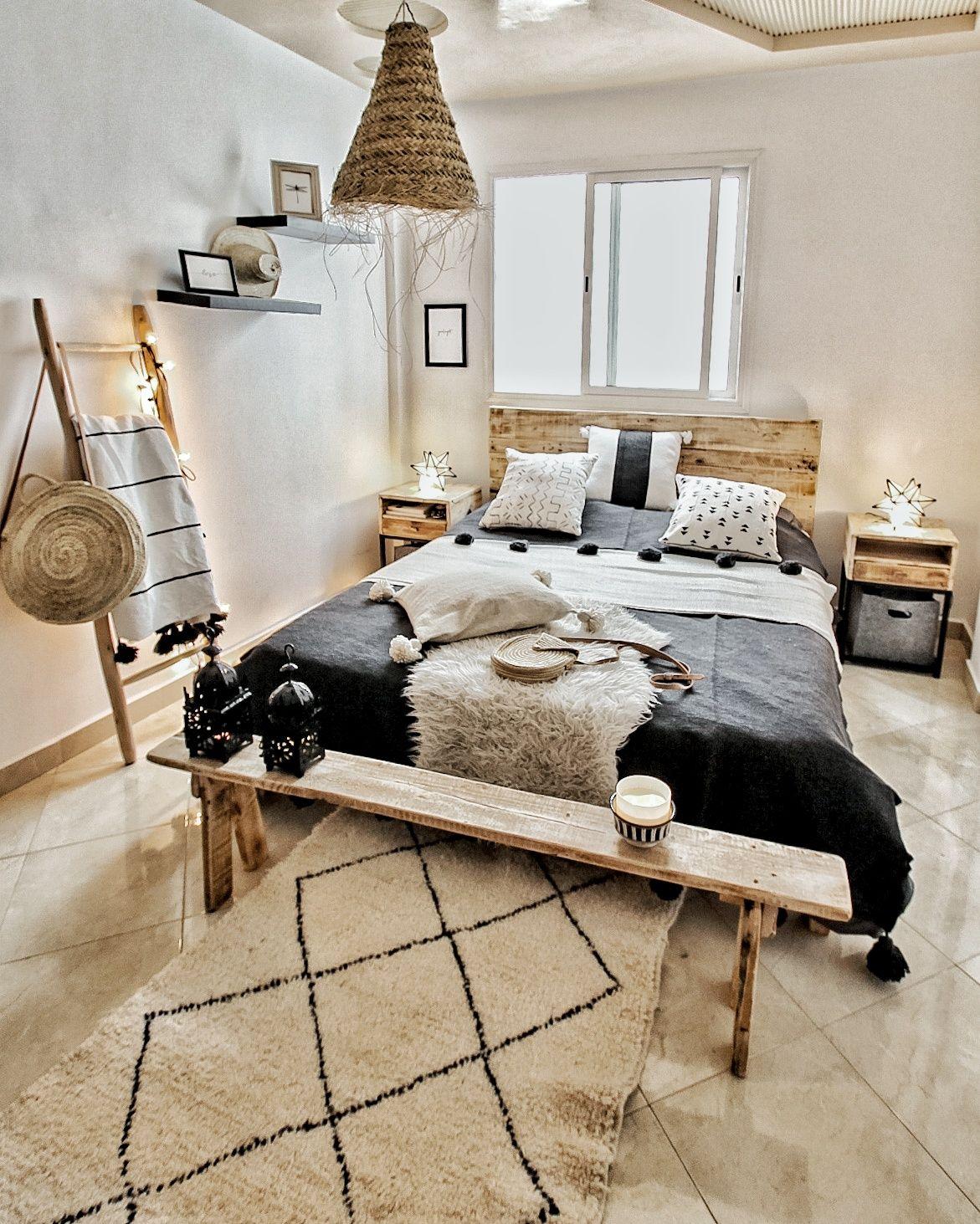 Boho Bedroom mit marokkanischen Textilien und
