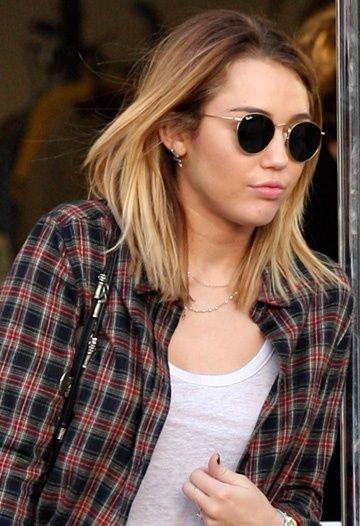 Miley Cyrus Straight Medium Hair Hair Styles Miley Cyrus Hair Ombre Hair Blonde