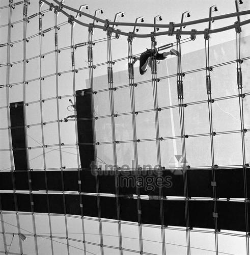 Olympiastadion in München, 1972 hwh089/Timeline Images #70er