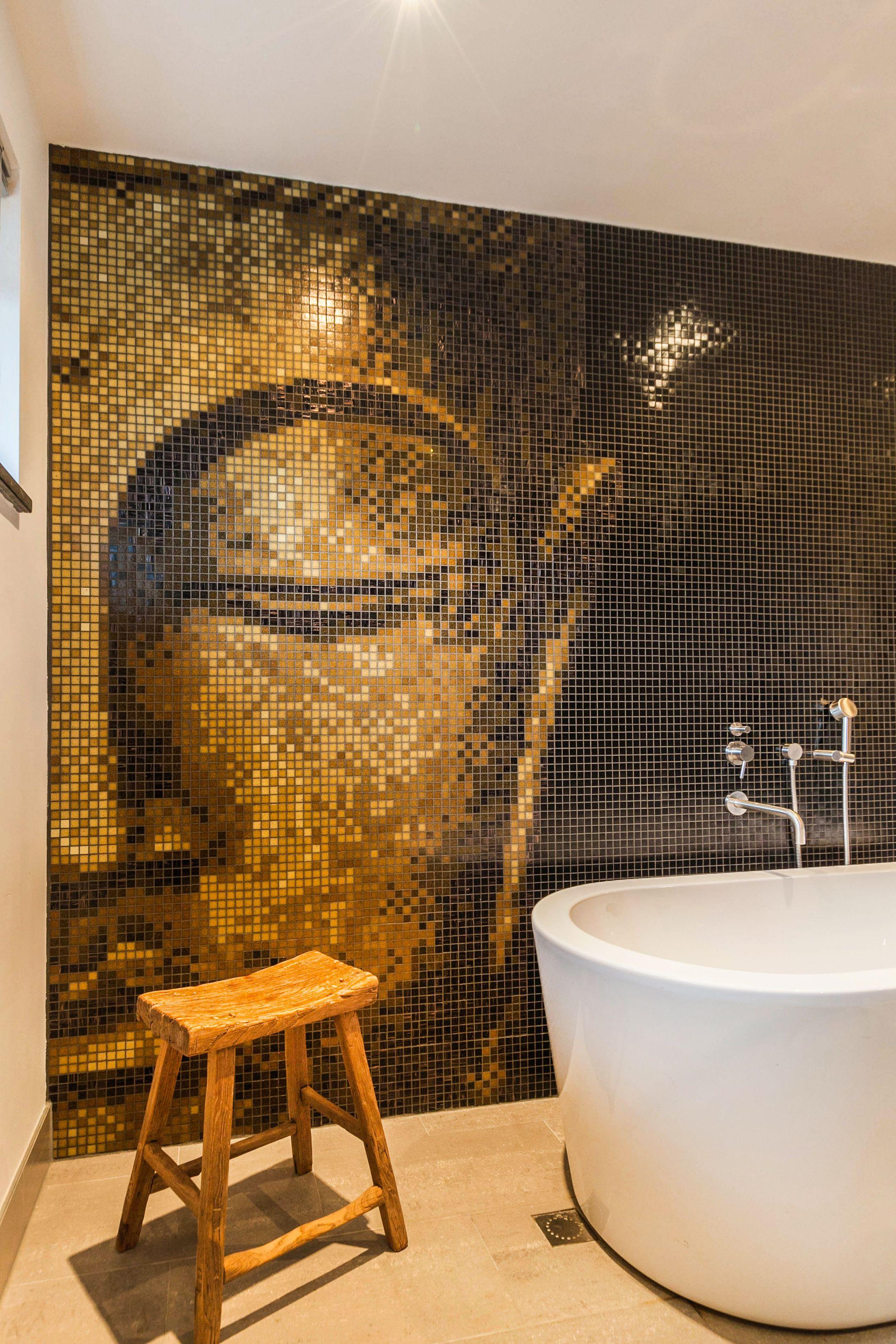 Amazing Wall Bath Bathtub Ensuite Bathroom Buddha Realestatephotography Ambience Decoration Amazing Realtor Interi Fotografie Badkamerideeen Foto S