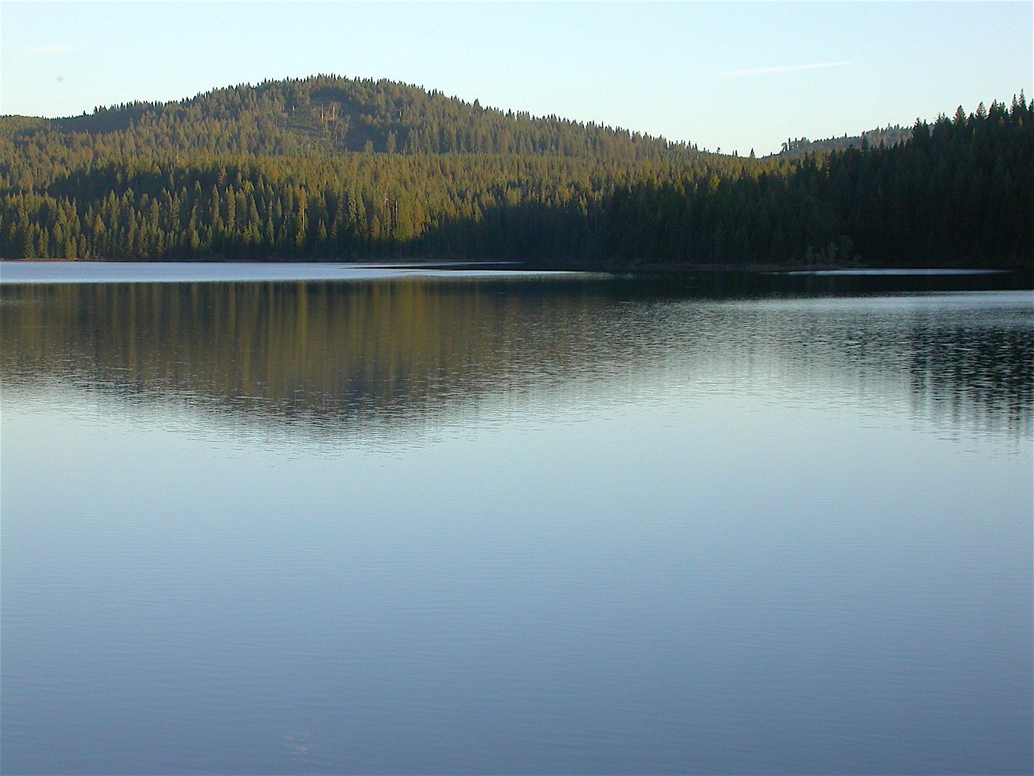 northern california lakes brim with chances for fun on the water