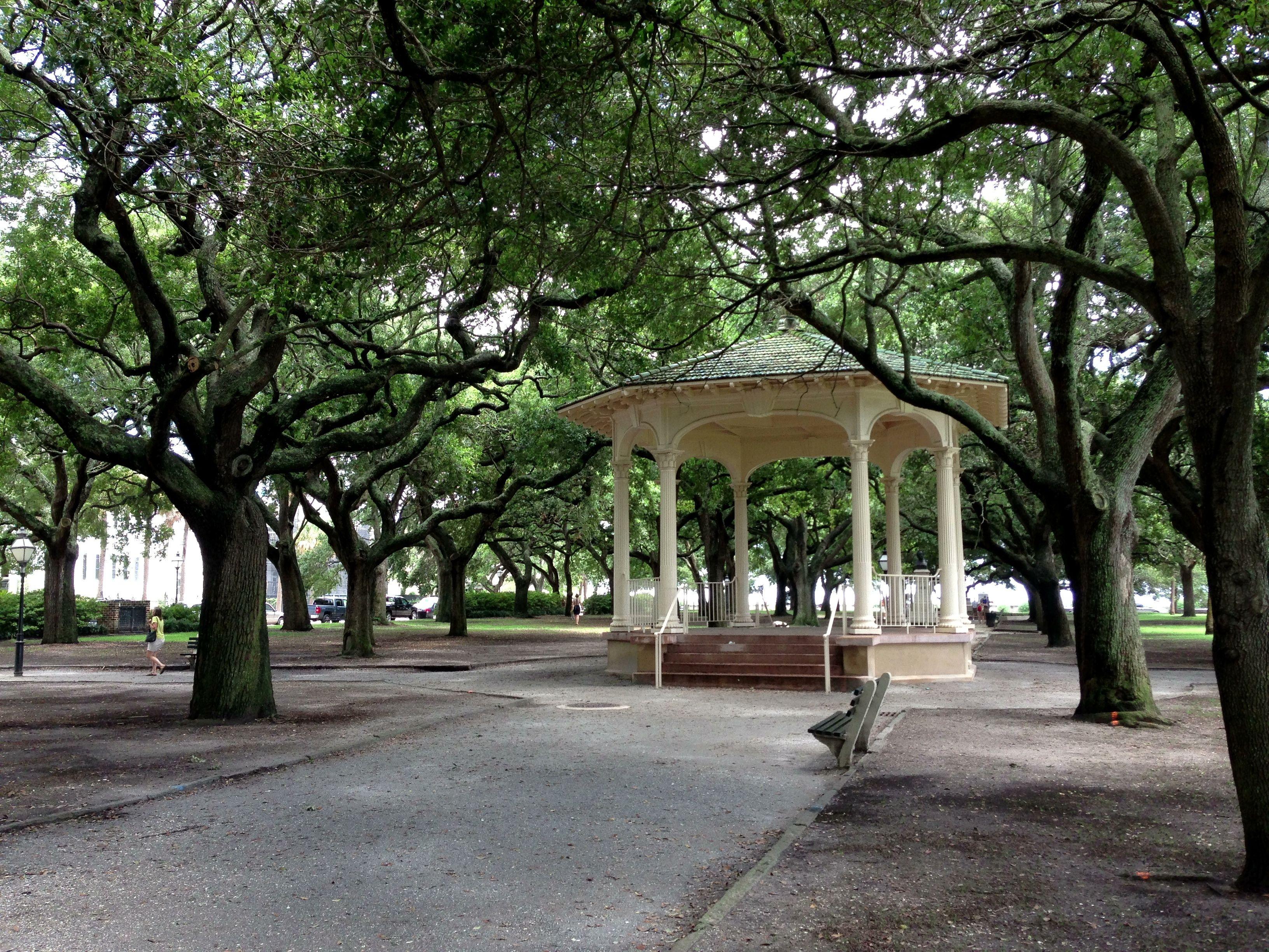 58ffce5307dfd2a4e798c99445ffec68 - White Point Gardens In Charleston Sc