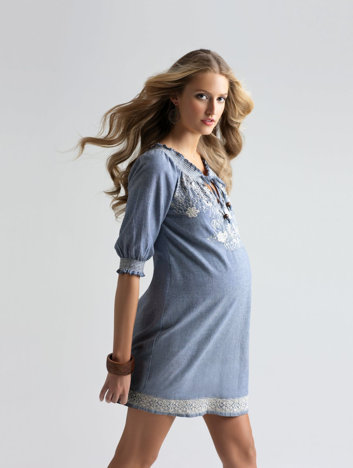 Like all maternity wear, summer maternity clothes should ...