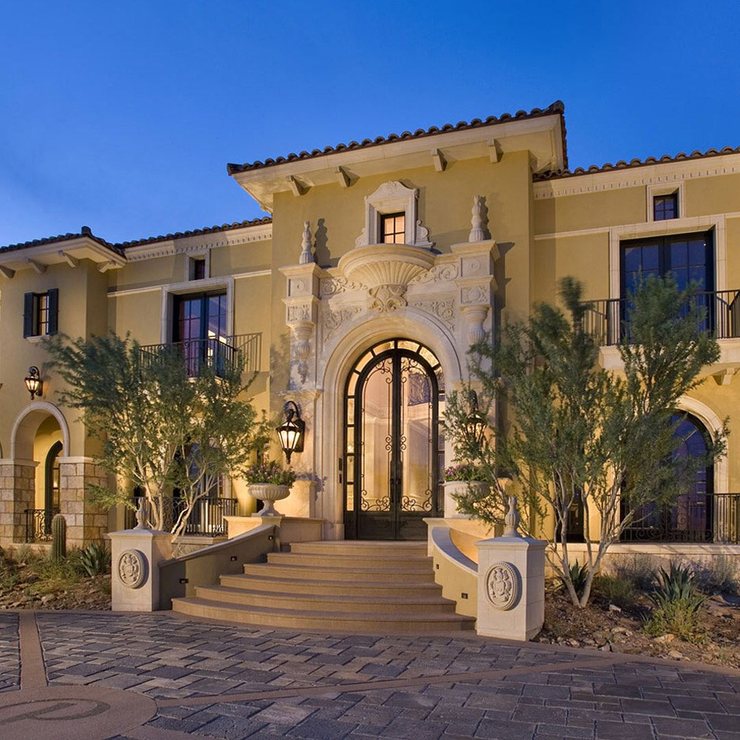 This Is Formal Living On A Grand Scale At Silverleaf In Dc Ranch Sun Drenched Plaster Trimmed With Clas Amazing Architecture Architecture Landscape Architect
