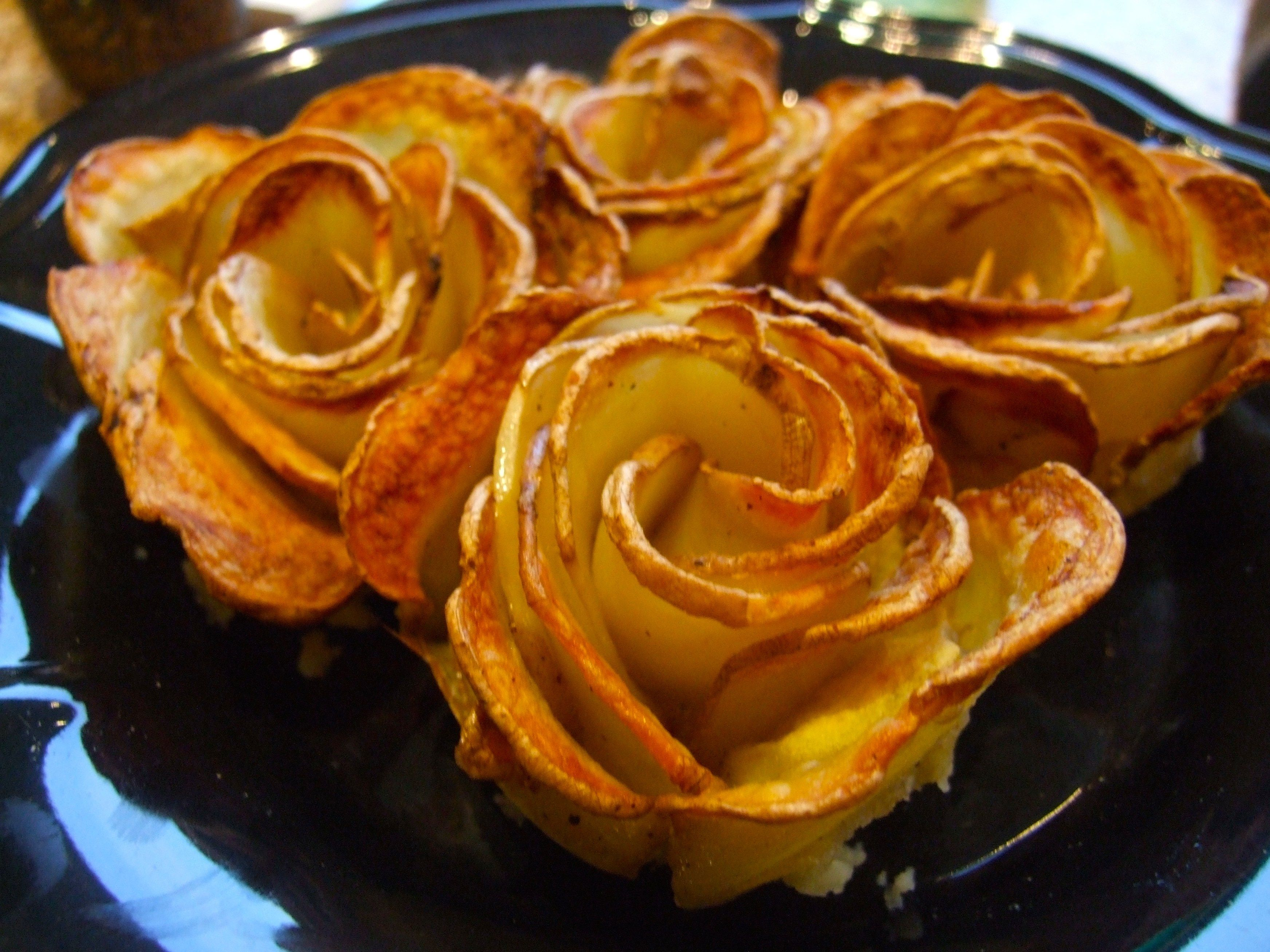 Tutorial: how to make potato roses. The most beautiful thing you ...