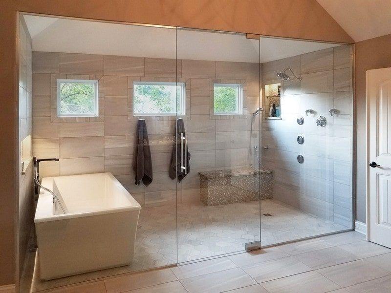 37 Gorgeous Bathroom Tub Shower Combo Design Ideas Wetrooms In 2020 With Images Bathroom Tub Shower Combo Bathroom Tub Shower Tub Shower Combo