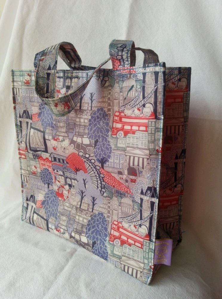 1cf28934d Liberty Sanrio Hello Kitty Ladies Tote Bag London Uk PVC Shopper Small  Souvenir in Clothing,