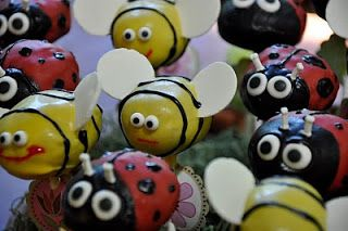 Little Miss Sweet & Spicy: Flight of the Bumble Bee + Lady Bug Cutie Pops!