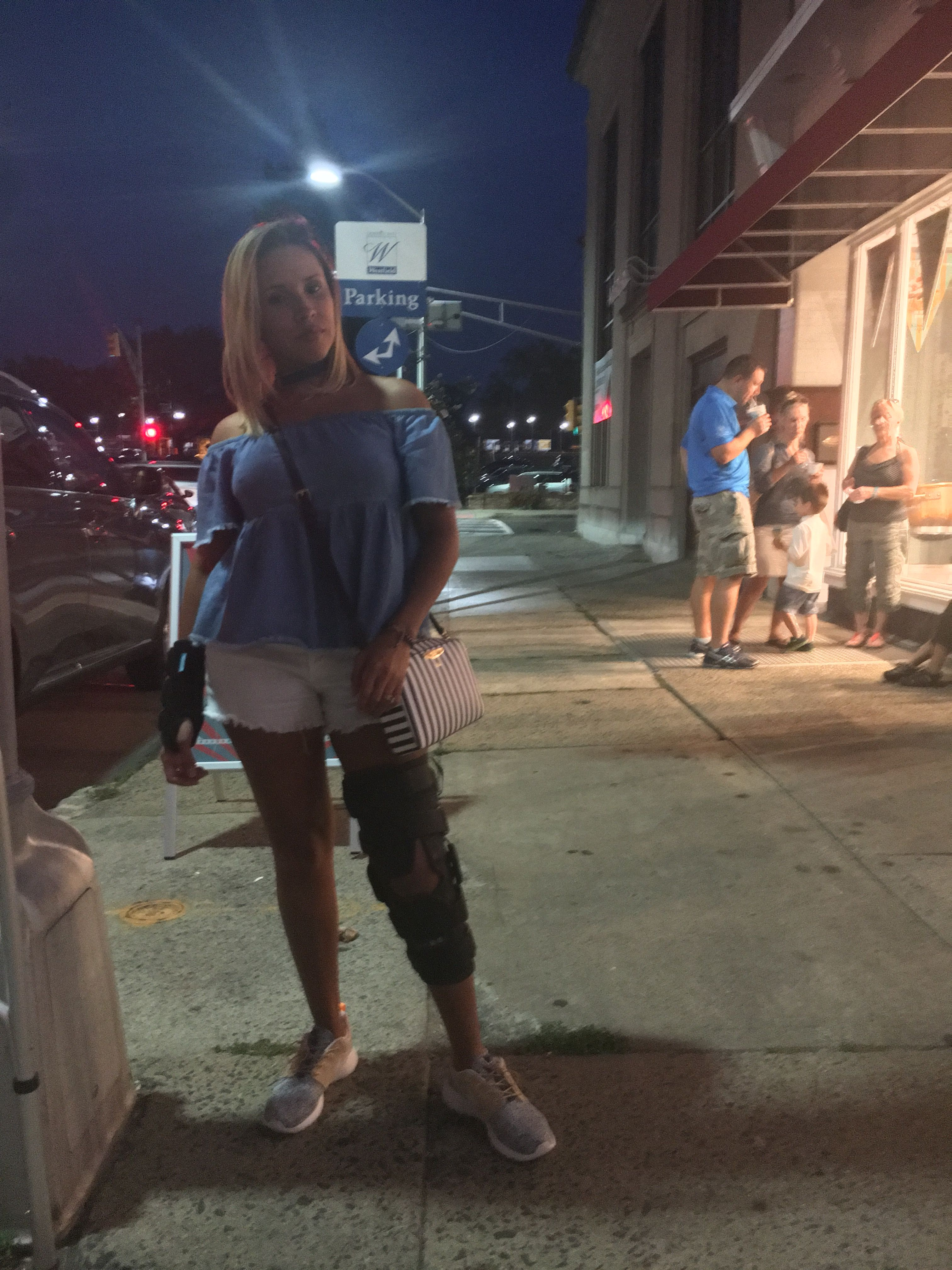 c9b127e06be88 Outfitting ideas wearing a knee brace. Outfits. Outfit ideas. Knee ...