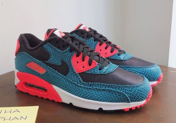 7b6a9f50201 Nike Is Re-imagining the Air Max 90