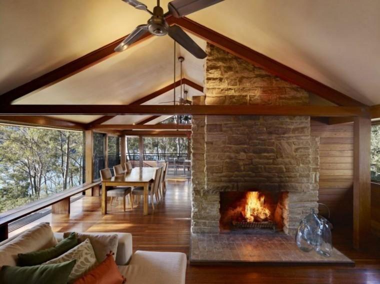 Stein Und Holz Fur Wandverkleidungen Haus Design Kaminbau Traditioneller Kamin