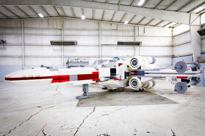world\u0027s largest LEGO star wars X,wing starfighter