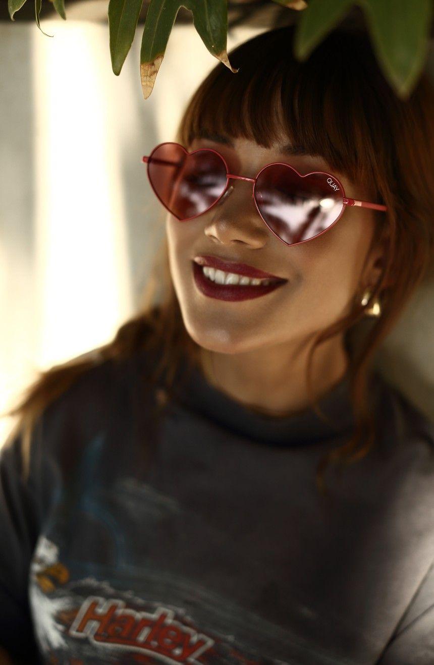 4d86789557e33 Main Image - Quay Australia 53mm Heart Breaker Heart-Shaped Sunglasses