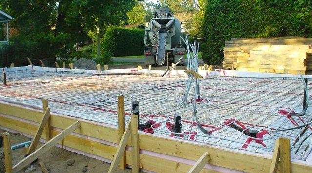 Dalle de béton flottante  guide, avantages et inconvénients Sous - prix d une construction de maison