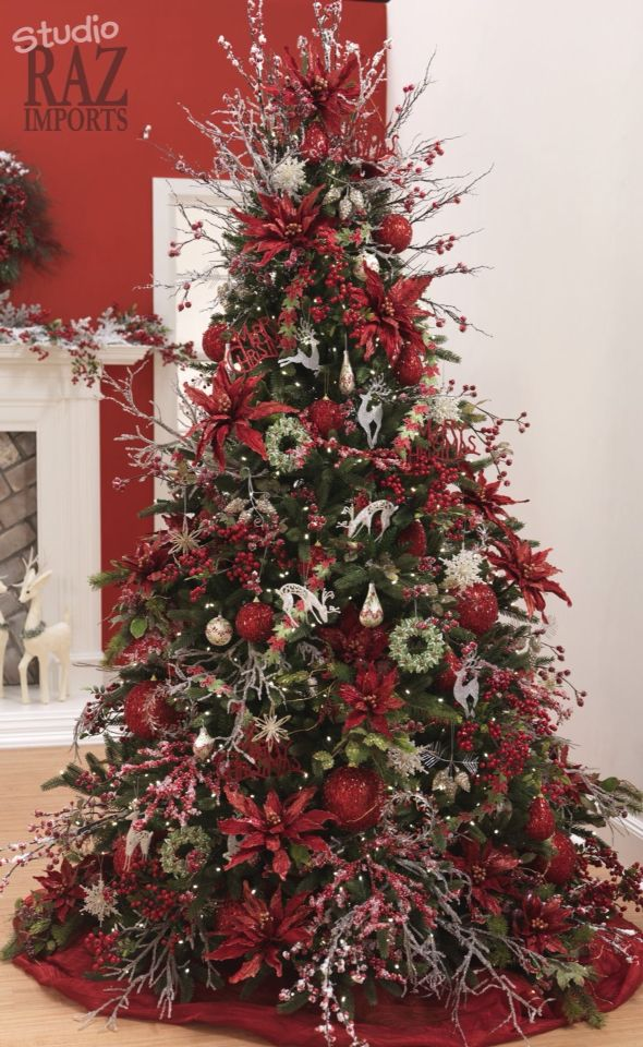 Fancy red tree   Christmas tree inspiration, Holiday ...