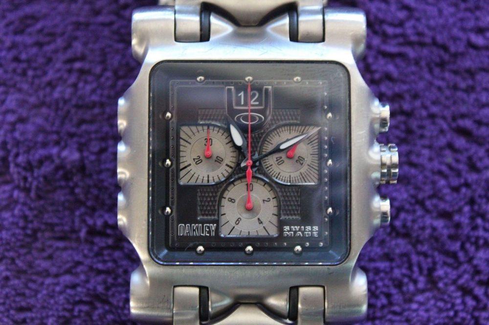 0070d0ab784 Oakley Minute Machine 10-194 Wrist Watch for Men