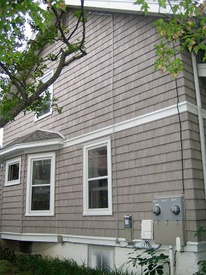 Certainteed Natural Clay V Shake House Paint Exterior Exterior House Colors Vinyl Siding House