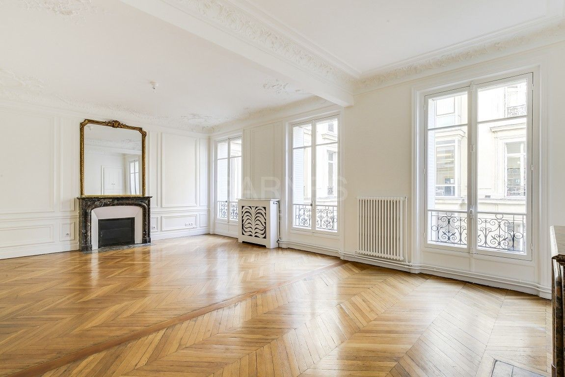 Paris 8th Haussmann Unfurnished Apartment 3 Bedrooms Recently Ref A 63156 Flat Rent One Bedroom Apartment Property For Rent