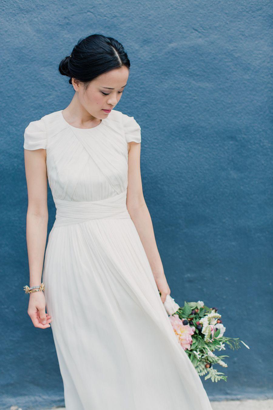 Trending: Ultra-Flattering Short Sleeve Wedding Dresses | Wedding ...