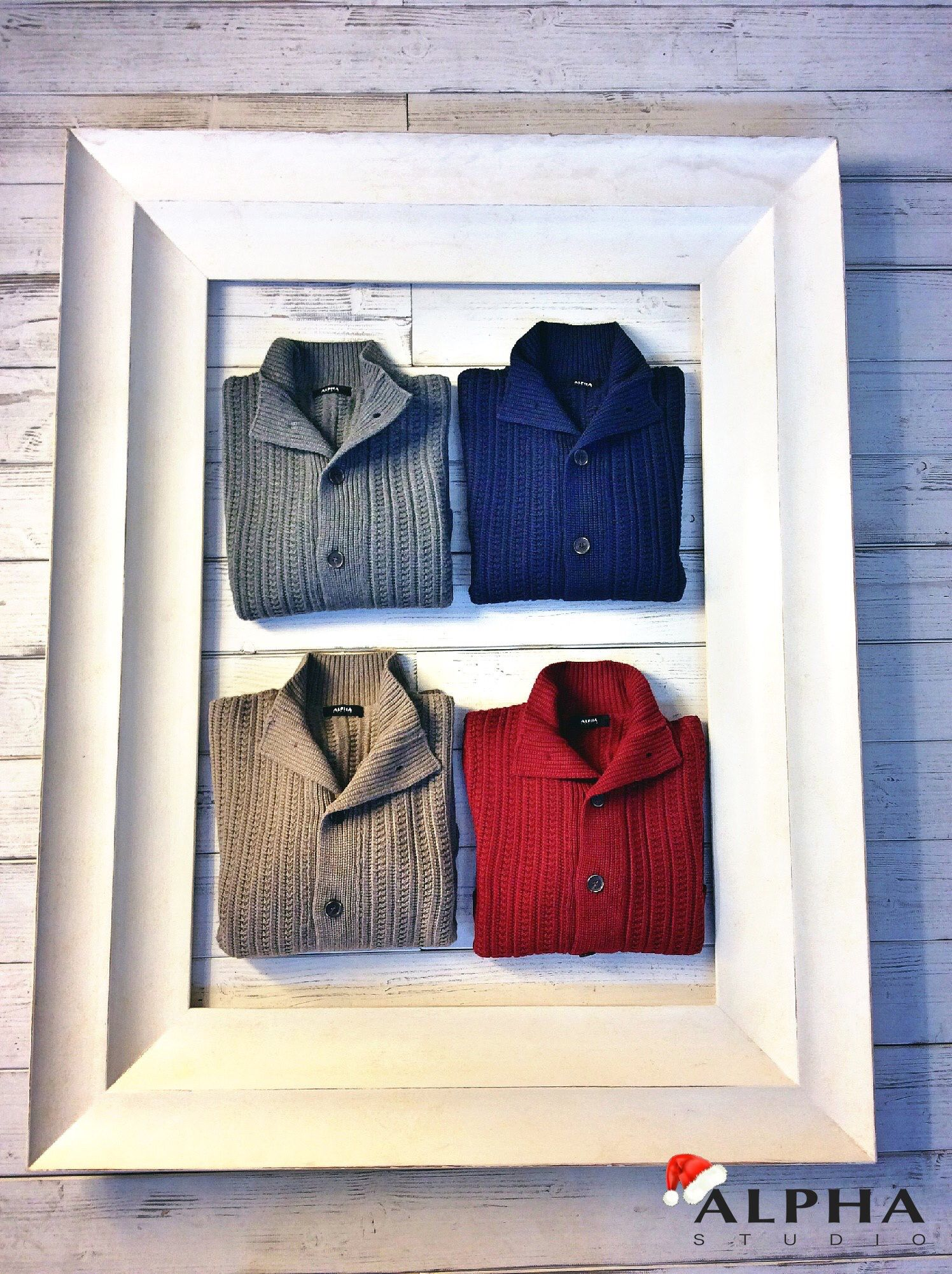 Nothing better than start the week with #AlphaStudio colored outfit! Choose your favourite one for Christmas!  #knitwear #fw15 #christmas #christmas2015 #christmasgift #color #pull #menswear #menstyle #mensfashion #fashion #glamour #outfitoftheday #monday #style #stylish #stylishoutfit #Florence #yarn