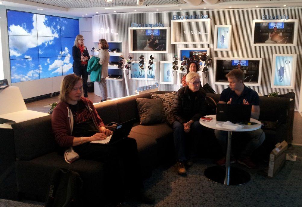 e-kirjamessut pidettiin Elisa Studiossa Lasipalatsissa Helsingissä