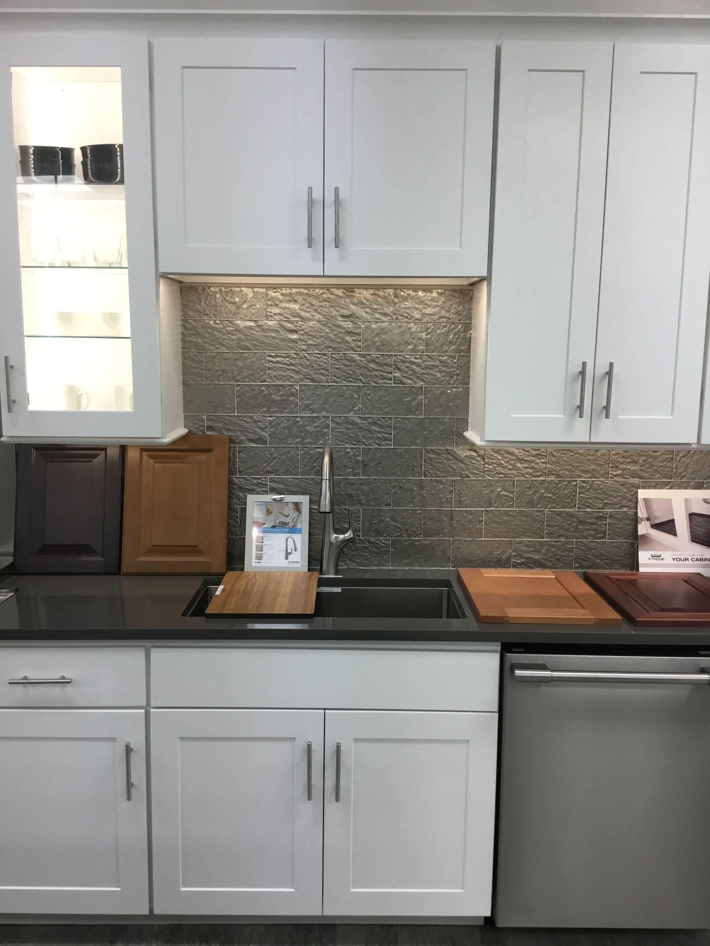 Affordable kitchen cabinets Orlando . Visit Arteek Supply And Design ...