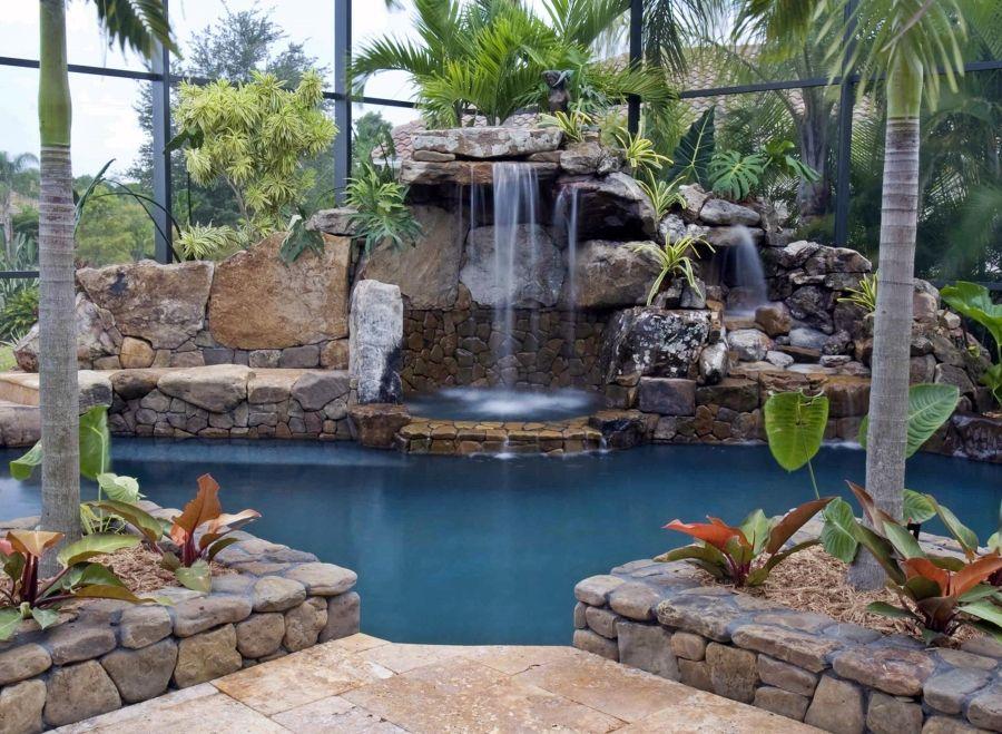 Piscina cascada ex tica rocas falsas piscina con for Disenos de cascadas para piscinas