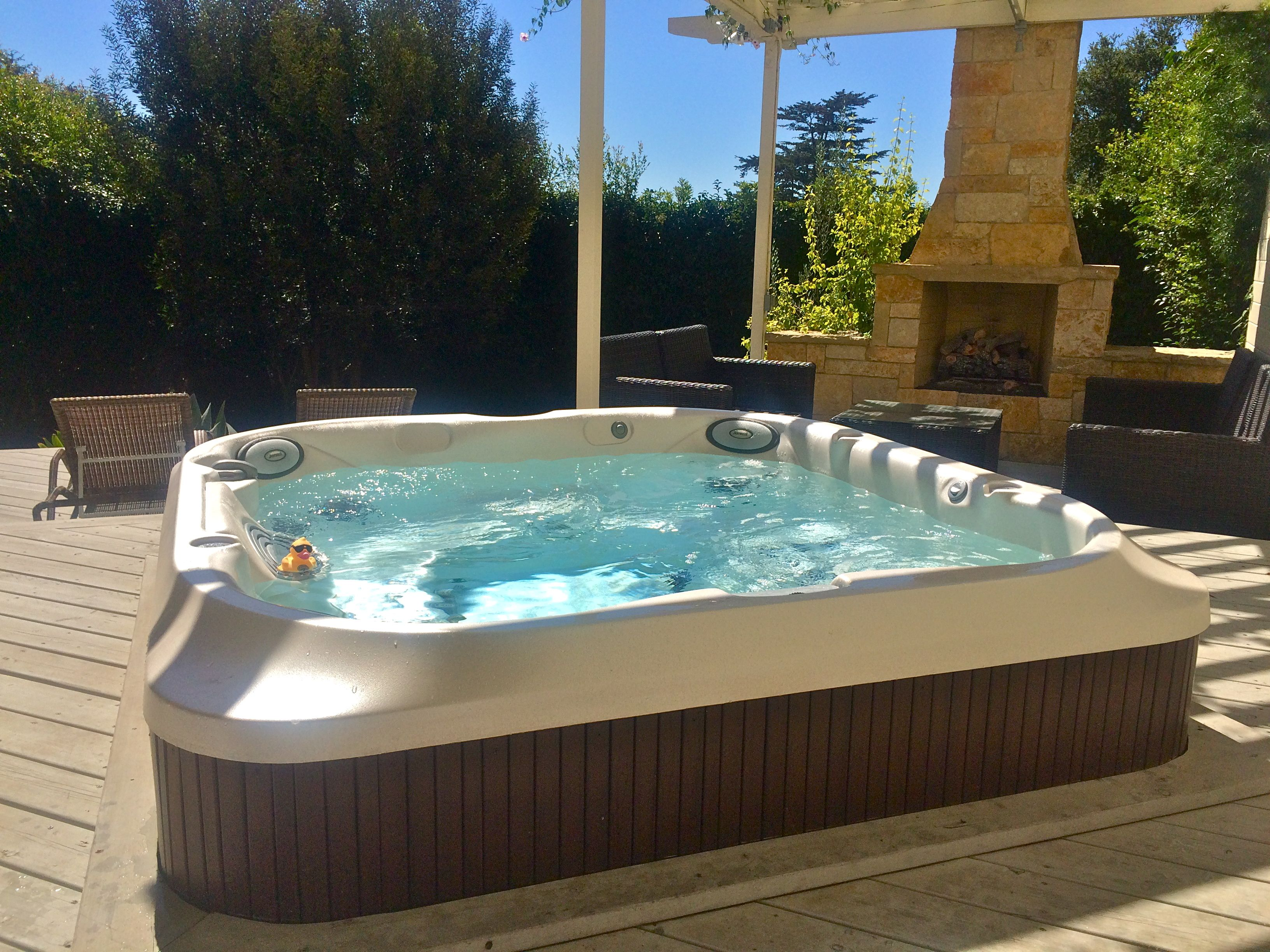 Rubber ducky enjoying a soak in our jacuzzi j 335 spa - Jacuzzi spa exterieur ...