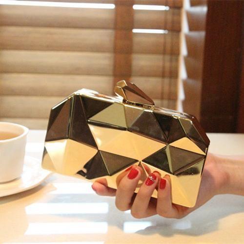 women new fashion geometric three-dimensional metal chain ladies handbag evening bag day clutches mini wedding party bag