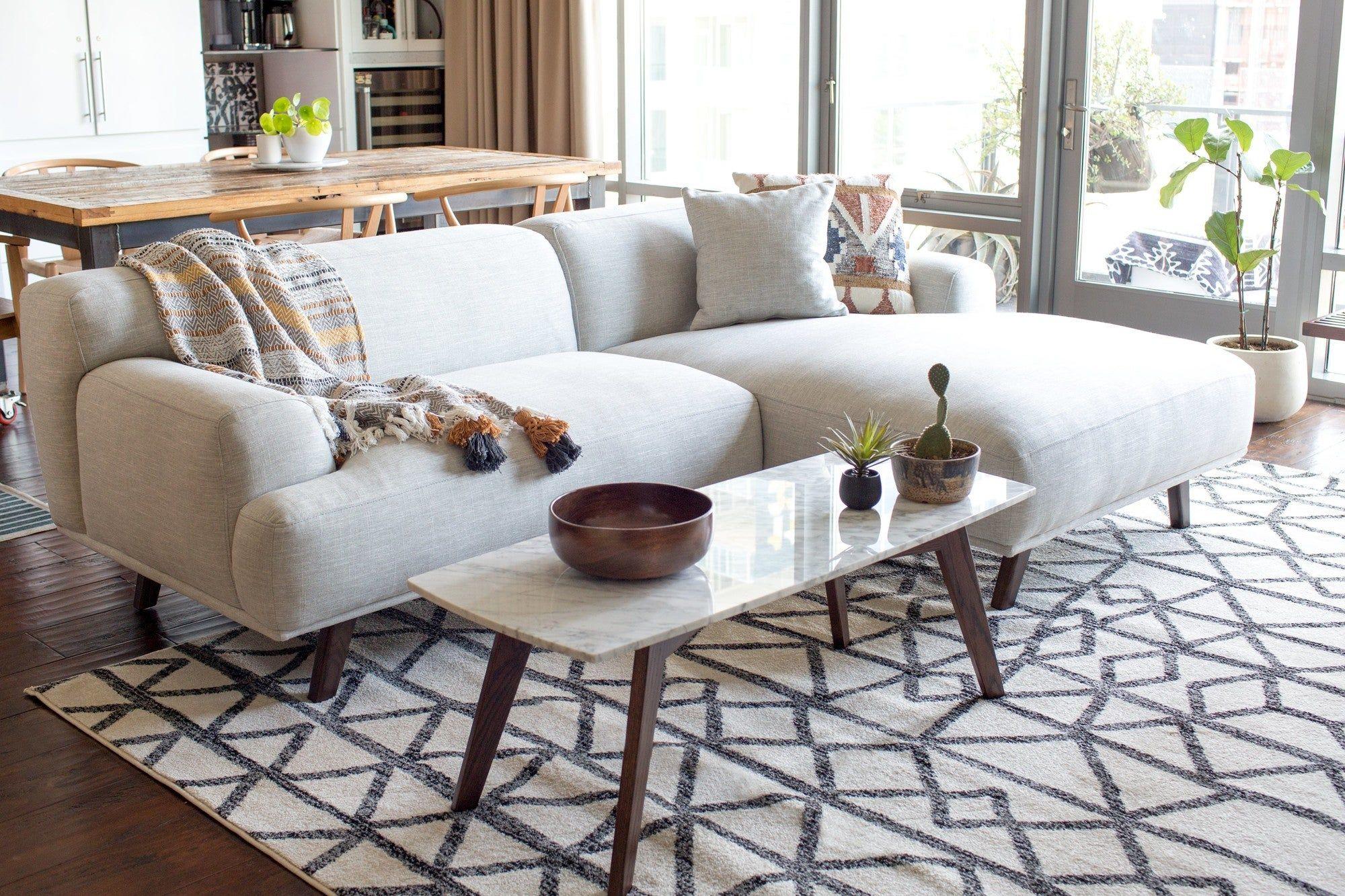 Mineta Right Facing Sectional Sofa In 2020 Modern Sofa Sectional Rugs In Living Room Sectional Sofa