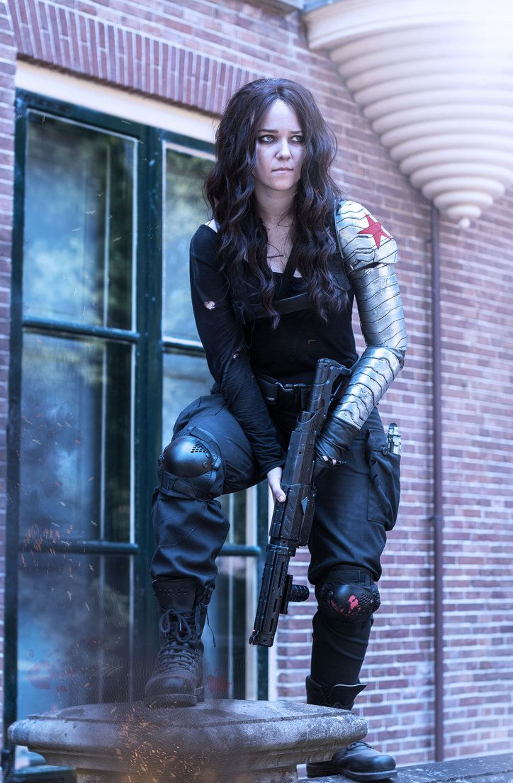 Bucky Barnes Goes Female in This Cosplay by aishafee Website | Submit