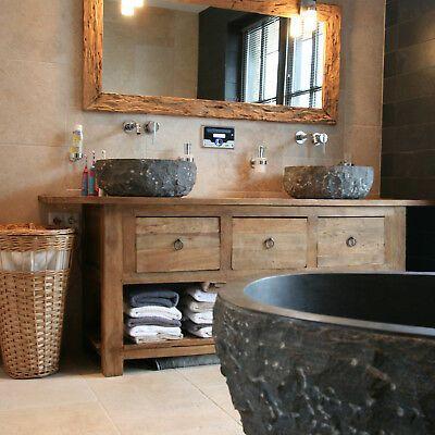 Photo of Questo attraente mobile da bagno è di alta qualità, fatto a mano e unico. D …