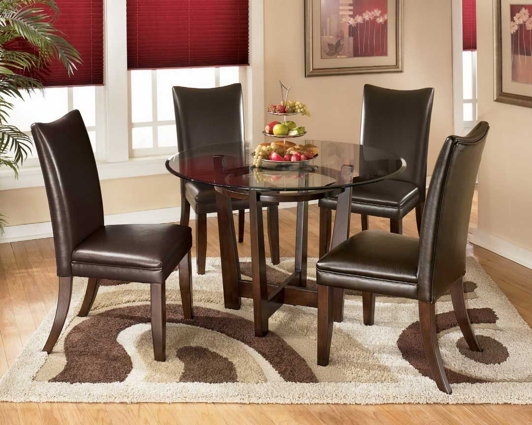 Nice Dining Room Design With Soft Brown Color