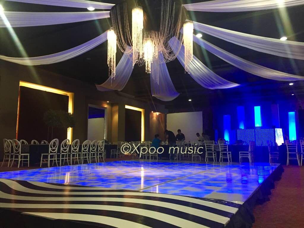 Decoracion de salones para fiestas bodas quince a os for Modelos de jardines interiores