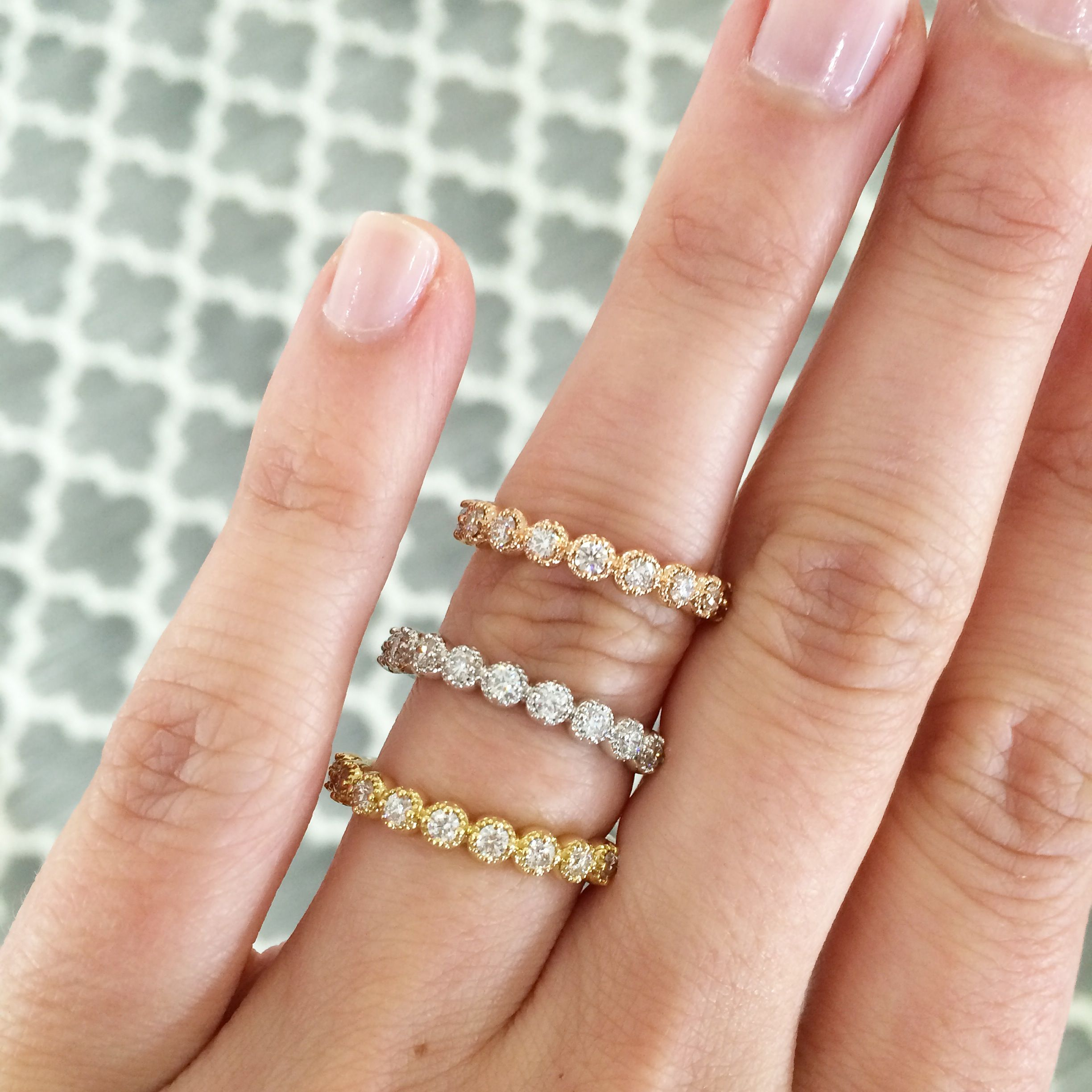 Hearts Fire Diamond Bar Bands in rose gold yellow gold and