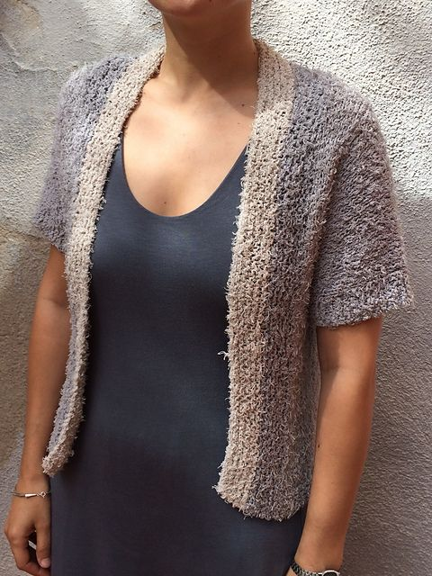 http://www.ravelry.com/groups/katia-espanol/projects/?page=5 chaqueta