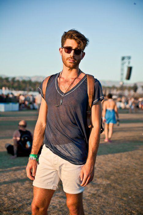 innovative coachella outfit for men shorts